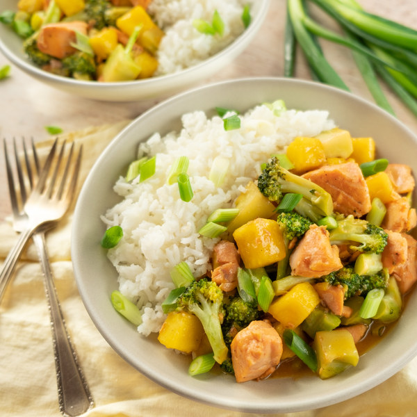 Pineapple-Salmon Teriyaki Stir-Fry with Broccoli & Green Onion
