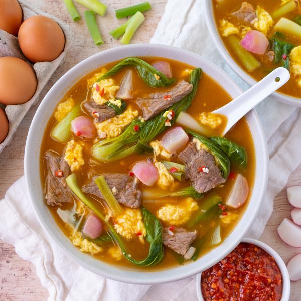 Easy Korean Stew (Yukgaejang) with Bok Choy & Radishes