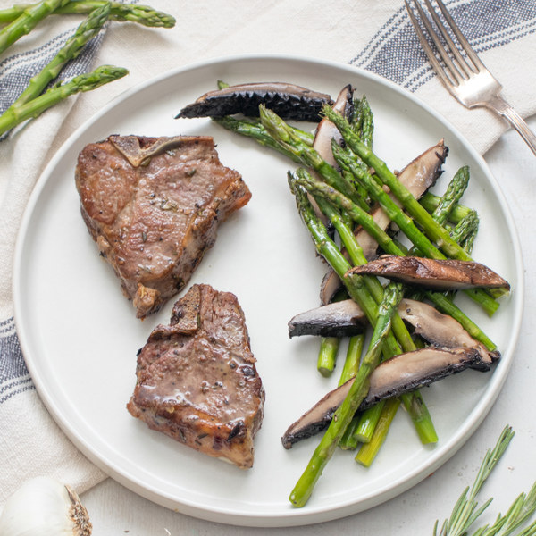 Garlic-Rosemary Lamb Chops with Roasted Asparagus & Mushrooms