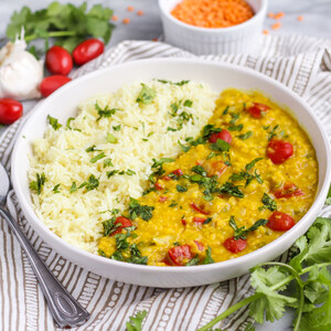 Coconut Curry Red Lentil Dahl with Tomatoes, Cilantro & Rice