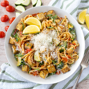 Linguini with Tofu, Fresh Tomato Sauce, Zucchini, Basil & Parmesan