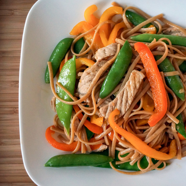 Pork Lo Mein with Bell Pepper & Sugar Snap Peas