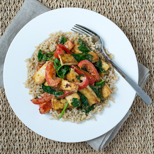 Tofu, Bell Pepper & Spinach in Peanut Sauce with Basmati Rice