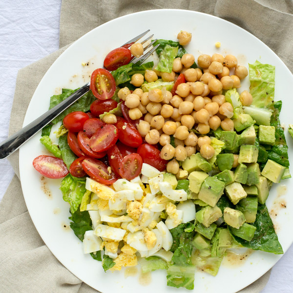 Vegetarian Cobb Salad with Chickpeas