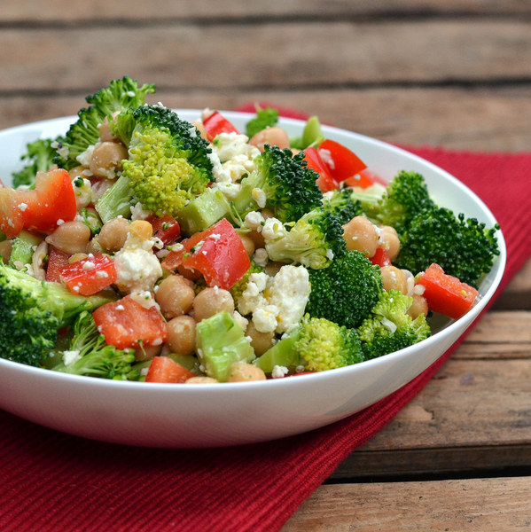Broccoli, Bell Pepper & Chickpea Salad with Feta & Zesty Lemon Dressing