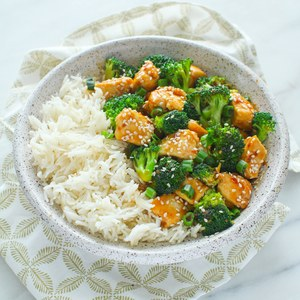 Sesame Chicken & Broccoli with Basmati Rice