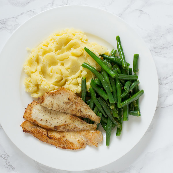 Pan-Fried Sole with Mashed Potatoes & Green Beans