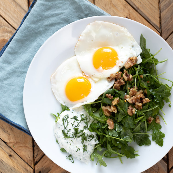 Garlic Dill Yogurt with Arugula & Fried Eggs