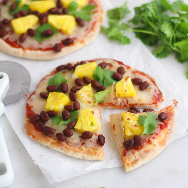 Black Bean & Pineapple Hawaiian Pita Pizza