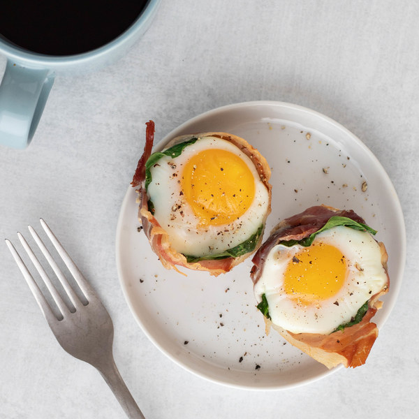 Baked Spinach & Prosciutto Egg Cups