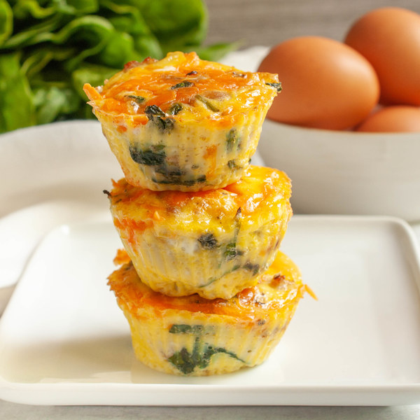 Prosciutto, Spinach & Cheddar Breakfast Egg Muffins