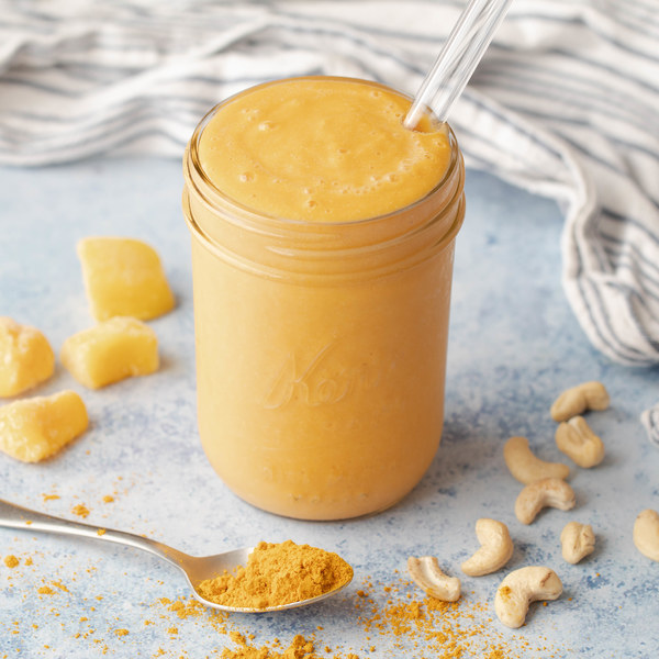 Golden Carrot Orange Smoothie with Turmeric & Ginger