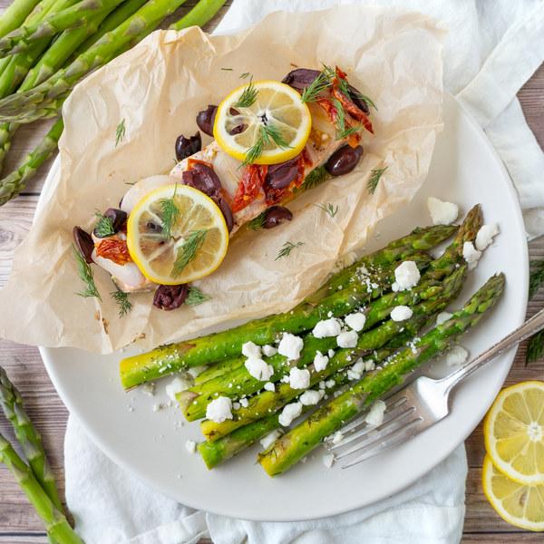 Mediterranean Salmon Parcels with Lemon-Dill Roasted Asparagus & Feta