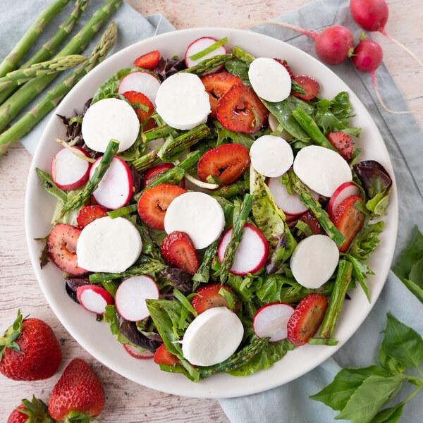 Mozzarella, Asparagus & Strawberry Salad with Poppy Seed Dressing