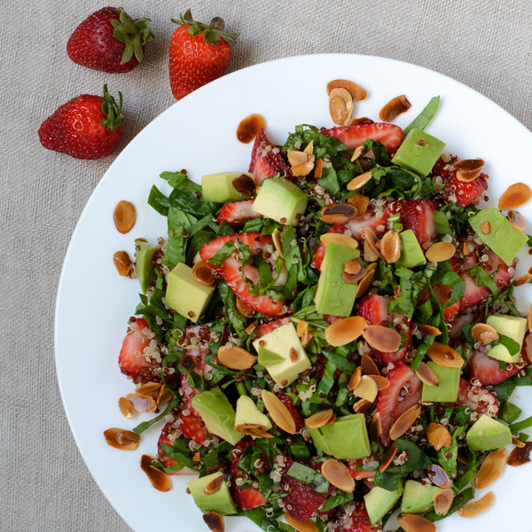 Strawberry, Spinach & Quinoa Salad with Balsamic Vinaigrette
