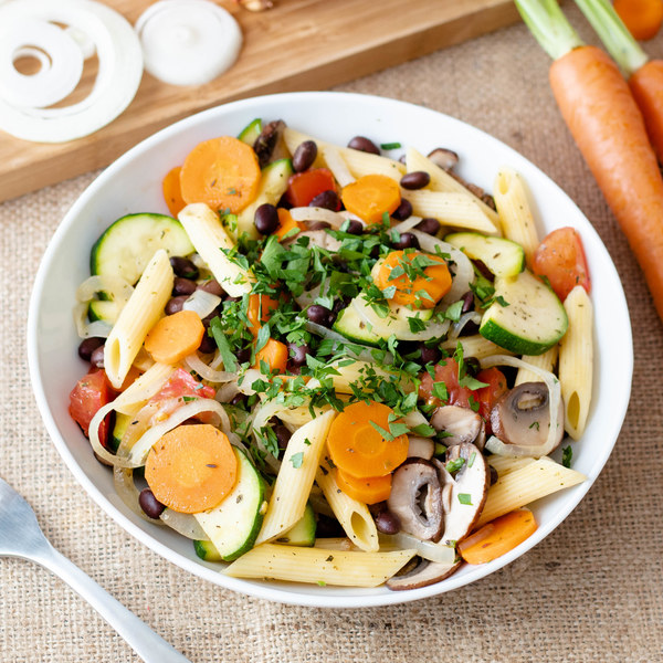 Black Bean Penne Pasta with Mixed Vegetables