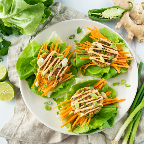 Ginger-Lime Salmon Cake Lettuce Wraps with Spicy Mayo